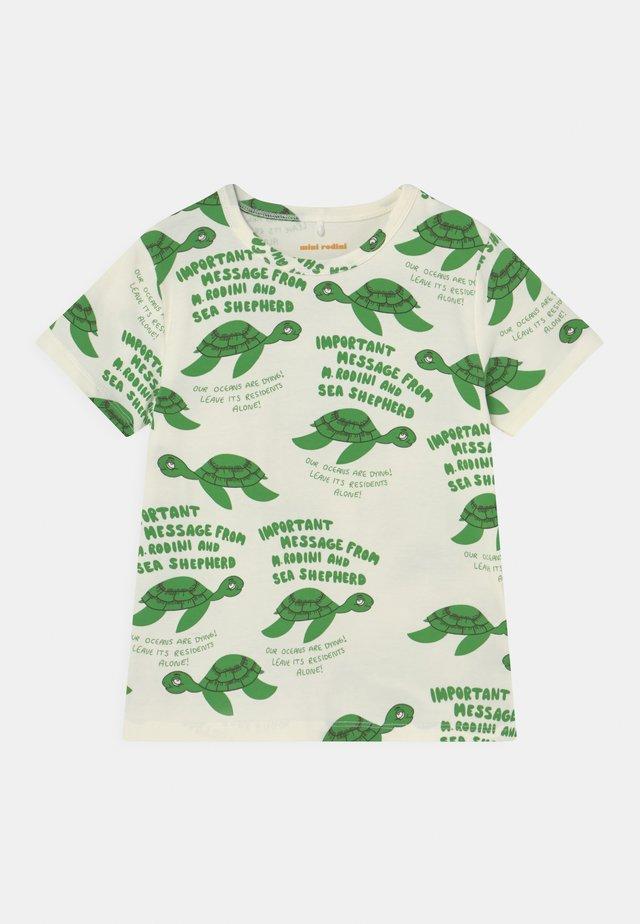 TURTLE TEE UNISEX - Print T-shirt - green