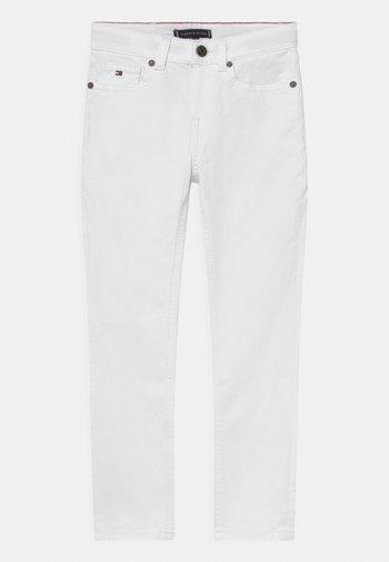 SCANTON SLIM - Jeans Slim Fit - bright white