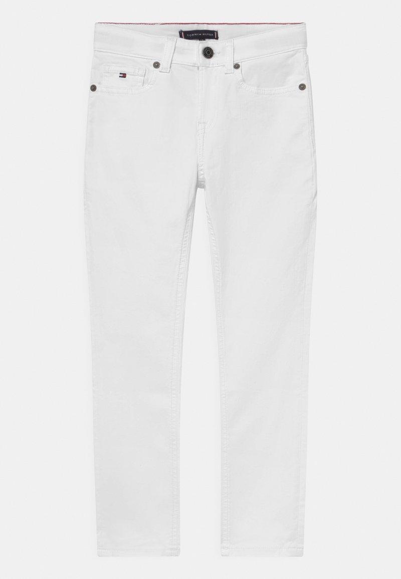 Tommy Hilfiger - SCANTON SLIM - Slim fit jeans - bright white