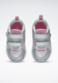 Reebok - REEBOK XT SPRINTER SHOES - Chaussures de running neutres - silver - 5
