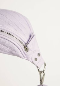 Bershka - Bum bag - mauve - 5