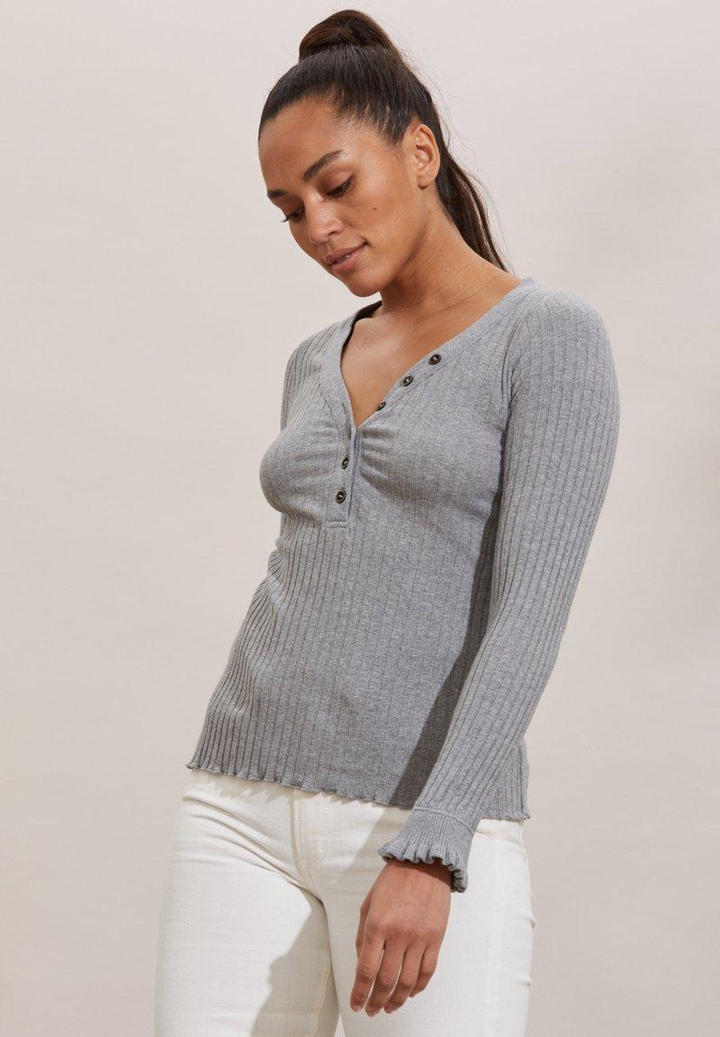 Odd Molly - LINDSAY - Long sleeved top - grey melange