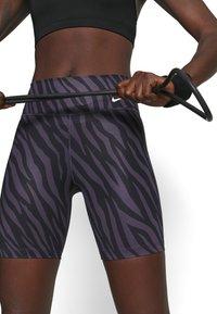 Nike Performance - ONE - Leggings - dark raisin/white - 3