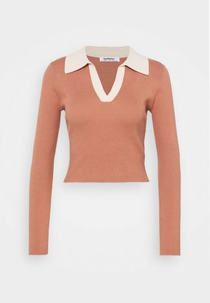 70S COLOUR BLOCK - Strikkegenser - light brown/cream