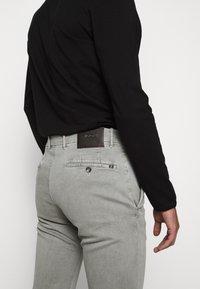 JOOP! Jeans - STEEN - Spodnie materiałowe - beige - 4