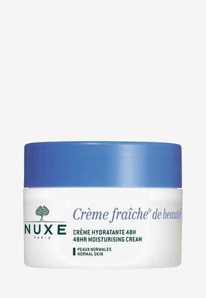 CRÈME FRAICHE® DE BEAUTÉ 48HR MOISTURISING CREAM - Face cream - -
