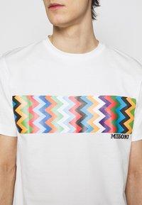 Missoni - MANICA CORTA - Print T-shirt - offwhite/multicoloured - 3