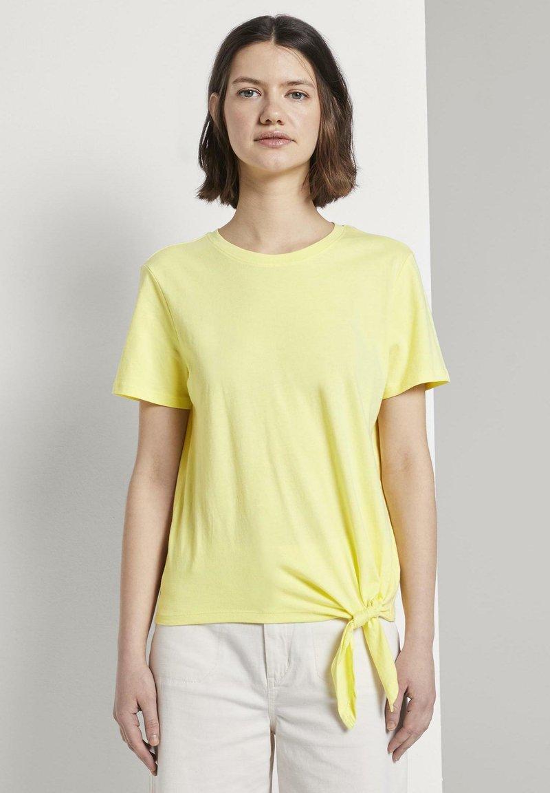 TOM TAILOR DENIM - Basic T-shirt - daffodil yellow