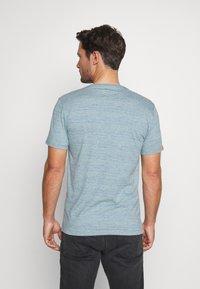 Superdry - VINTAGE CREW - Basic T-shirt - sky blue - 2