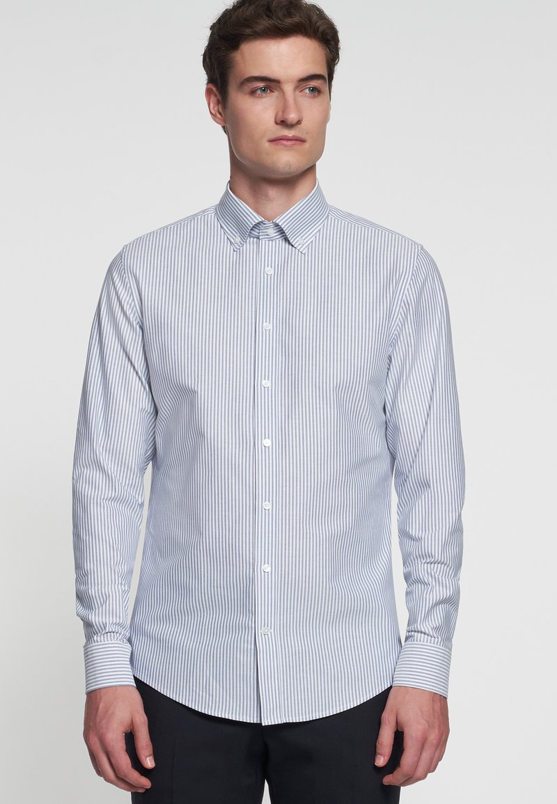 Seidensticker - SMART BUSINESS SLIM FIT - Shirt - llight blue/white