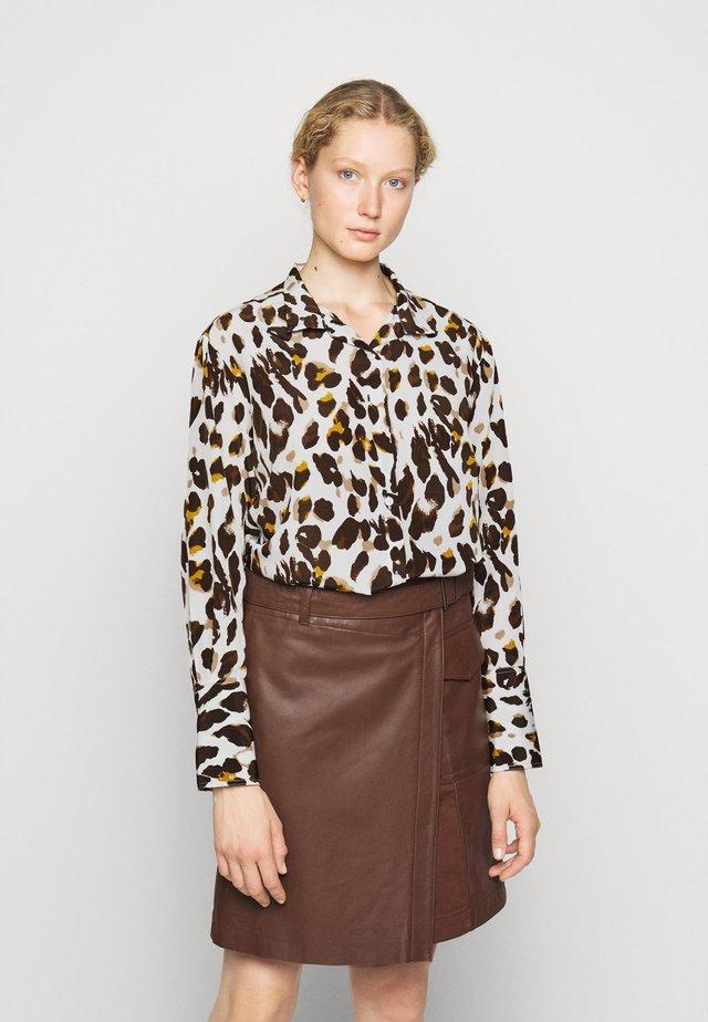 KIKIS FANCY BLOUSE - Button-down blouse - beige