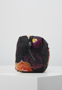 DAY Birger et Mikkelsen - GWENETH P DISTORT BEAUTY - Kosmetiktasche - multi colour - 2