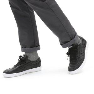 UA LOWLAND CC - Sneakersy niskie - (leather) black/true whit