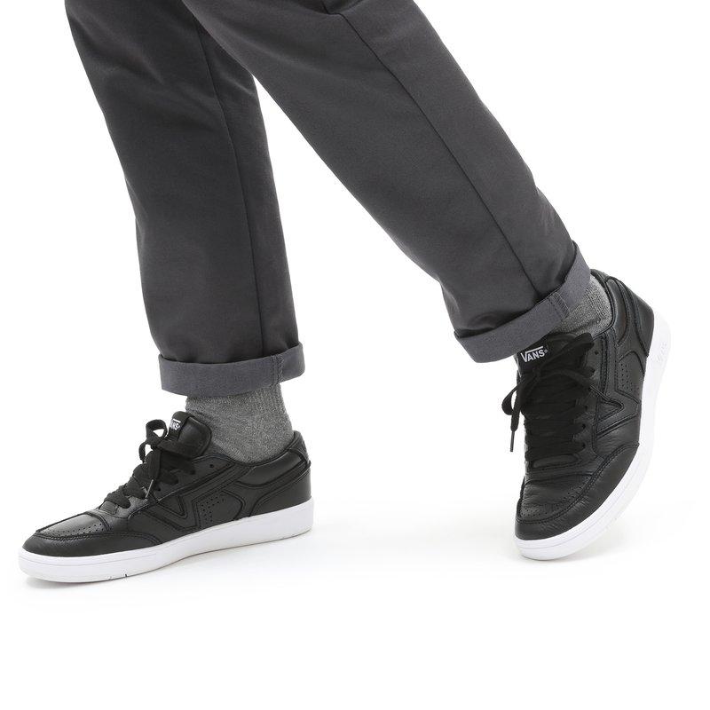 Vans - UA LOWLAND CC - Trainers - (leather) black/true whit