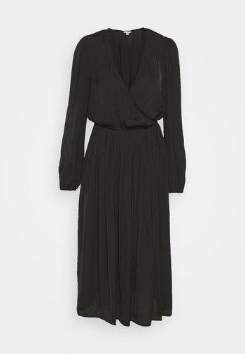 VESTIDO MIDI - Denní šaty - black