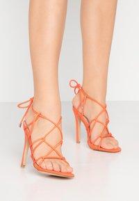 Public Desire - SAVY - Sandály na vysokém podpatku - orange - 0