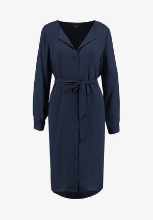 SLFDYNELLA DRESS NOOS - Shirt dress - dark sapphire