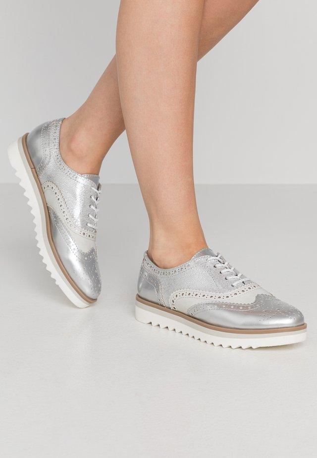 Derbies - silver