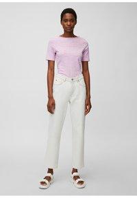 Marc O'Polo - Print T-shirt - mutli/breezy lilac - 1