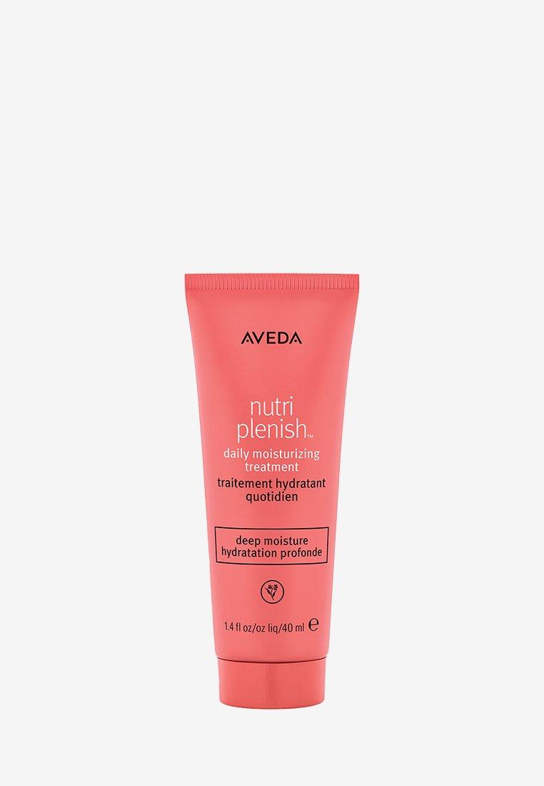 Aveda - NUTRIPLENISH DAILY HAIR MOISTURIZER TRAVEL SIZE - Conditioner - -