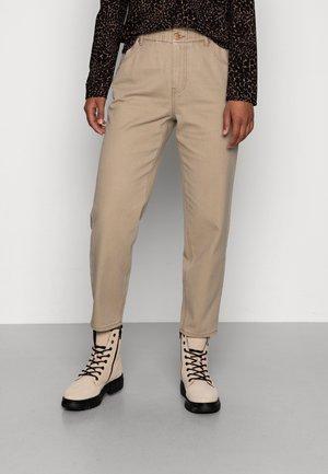 ONLOVA-LIVA LIFE CARROT - Jeans straight leg - elmwood