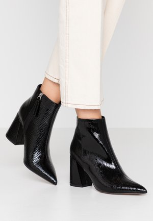 HACKNEY POINT - High heeled ankle boots - black