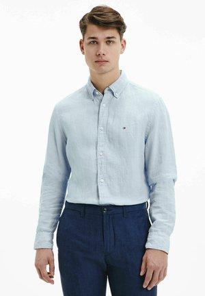 SLIM FIT - Shirt - bleu