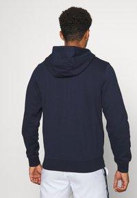 Lacoste Sport - CLASSIC HOODIE JACKET - Felpa con cappuccio - navy blue - 2