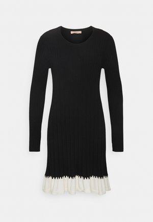 ABITO IN MAGLIA CON BALZINA - Jumper dress - nero/neve