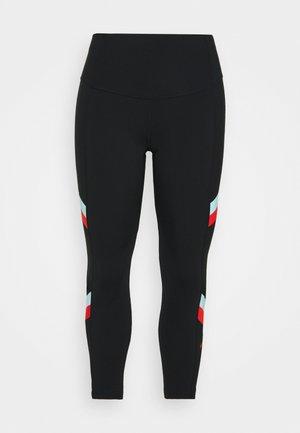 STRIPE 7/8  PLUS - Leggings - black/chile red