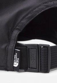 The North Face - CLASSIC TECH BALL UNISEX - Cap - black/white - 3