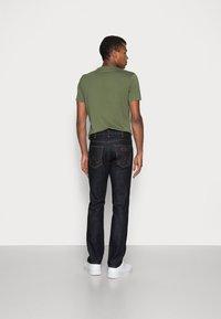 Wrangler - GREENSBORO - Jeans straight leg - dark rinse - 2