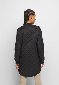 Vero Moda - VMHAYLE JACKET - Short coat - black - 2