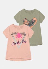 Name it - NKFVIX 2 PACK - Print T-shirt - peach whip - 0