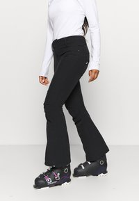 Roxy - CREEK SHORT - Pantalón de nieve - true black - 0