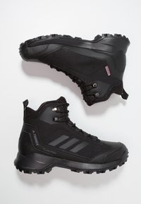 adidas Performance - TERREX HERON MID WINTER HIKING SHOES - Hiking shoes - core black/grey four - 1
