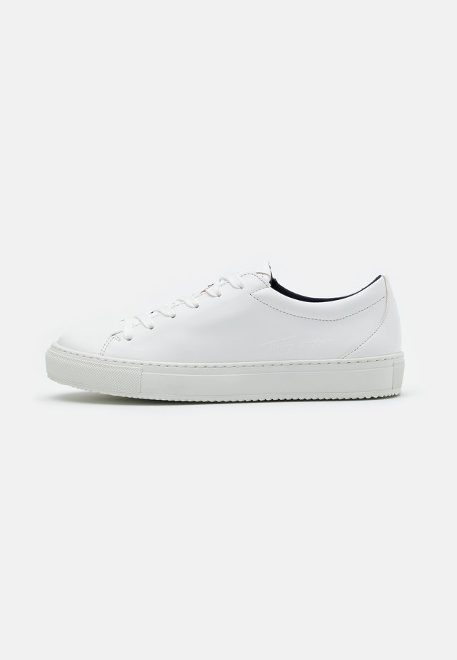 WASTE PREMIUM CUPSOLE - Zapatillas - white