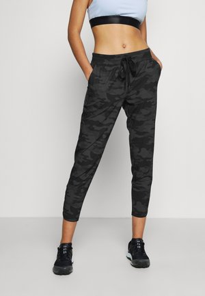 TAPERED PANT - Tracksuit bottoms - black