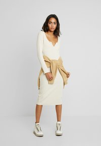 Nly by Nelly - MIDI DRESS - Jerseyjurk - creme - 2