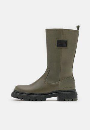 KAFEY HGH LEA W - Platform boots - oliv