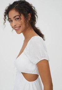 PULL&BEAR - Day dress - white - 3