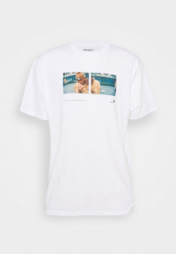 Carhartt WIP BACKYARD - T-shirt z nadrukiem - white/biały Odzież Męska TTDU