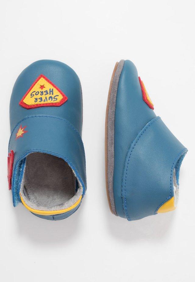 SUPER HEROS - Chaussons pour bébé - blue