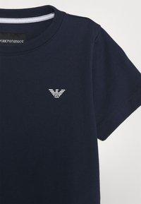 Emporio Armani - Jednoduché triko - blue - 2