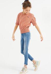 WE Fashion - Blouse - coral pink - 0
