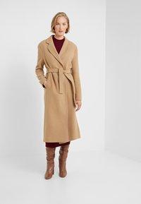 STUDIO ID - JENNIFER COAT - Zimní kabát - camel - 0