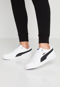 Puma - SMASH - Baskets basses - white/black - 0