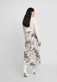 Gestuz - BARAN SKIRT - A-line skirt - light grey/black - 2