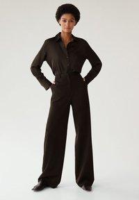 Mango - SATINI - Button-down blouse - schwarz - 1