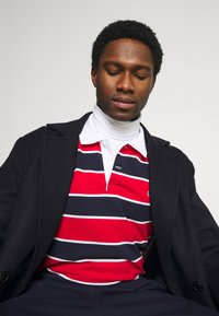 Lacoste - Polo shirt - rouge/marine naturel/clair blanc - 3